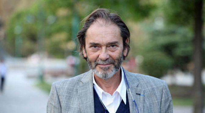 Cengiz Aktar: Türkiye barut kokuyor