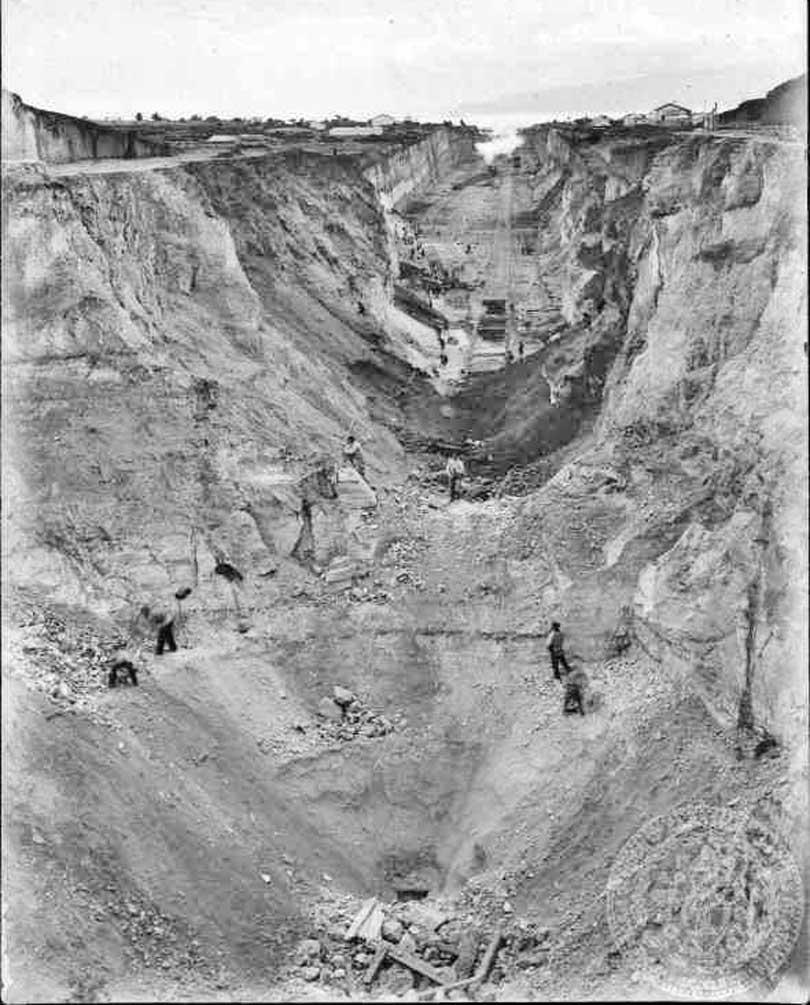 Korint Kanalı'nda Muşlu Ermeni İşçiler